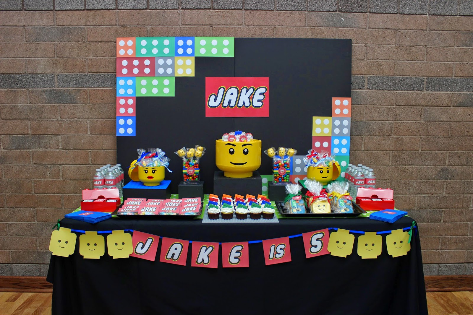 Table For 6 Year Old: The Sugar Bee Bungalow: Dessert Table Gallery