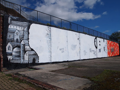 Street Artists Phlegm and Kid Acne mural in Sheffield