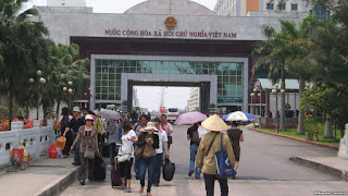 Vay tiền Trung Quốc làm đường Móng Cái - Vân Đồn: quy trình bán nước?