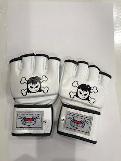 Women Martial art glove white