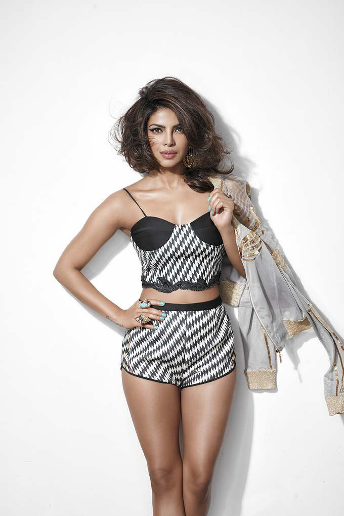Priyanka Chopra New Bikini Poses For Cosmopolitan -5367
