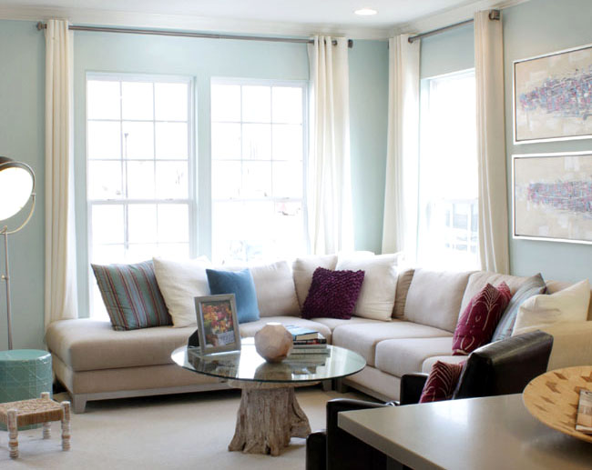 Living room in pale blue and rose
