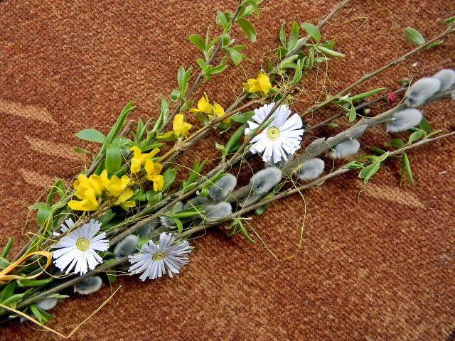 bazie, kwiaty, quilling, święta