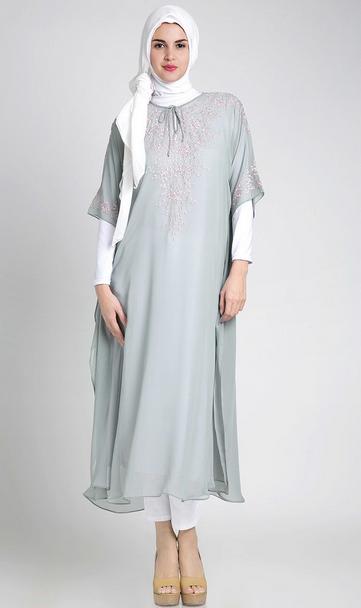 Desain Baju Muslim Trendy Untuk Wanita Hamil Terbaik 2015