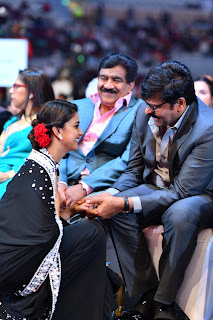 Keerthy Suresh with Cute Smile with Chiranjeevi Gaaru at SIIMA Awards 2019