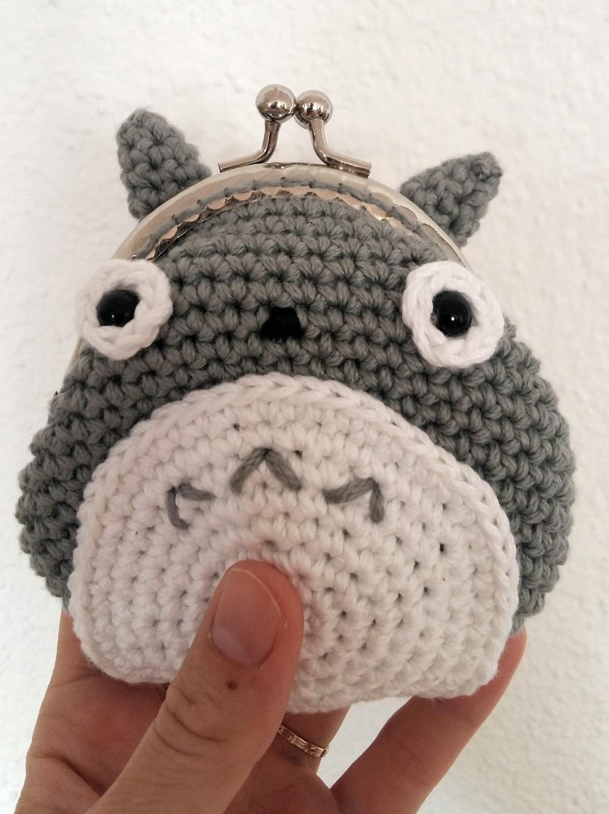 Fee du tricot: Porte monnaie Totoro #tuto inside
