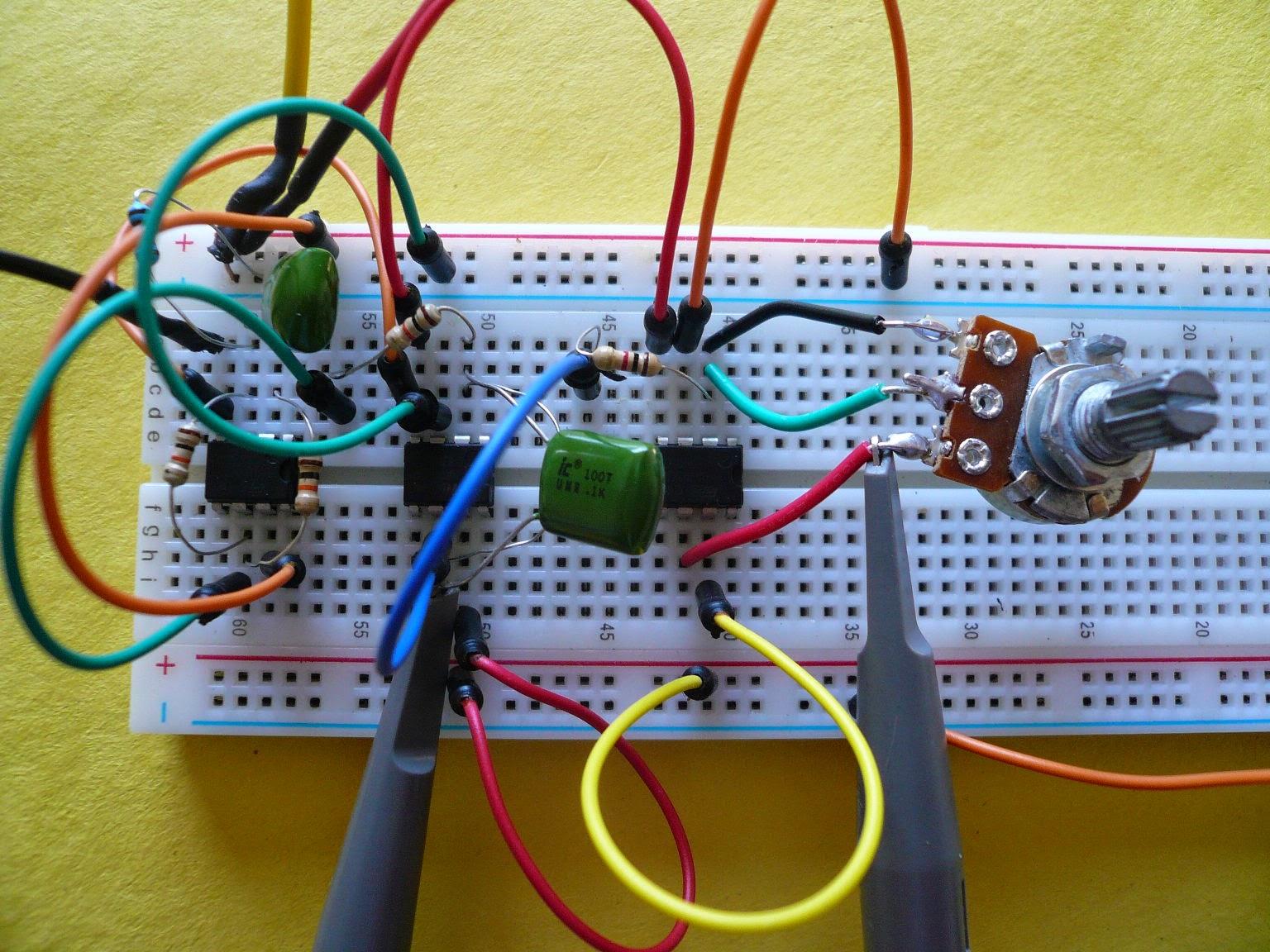 lectronique en amateur amplificateur op rationnels 5 l 39 amplificateur inverseur. Black Bedroom Furniture Sets. Home Design Ideas