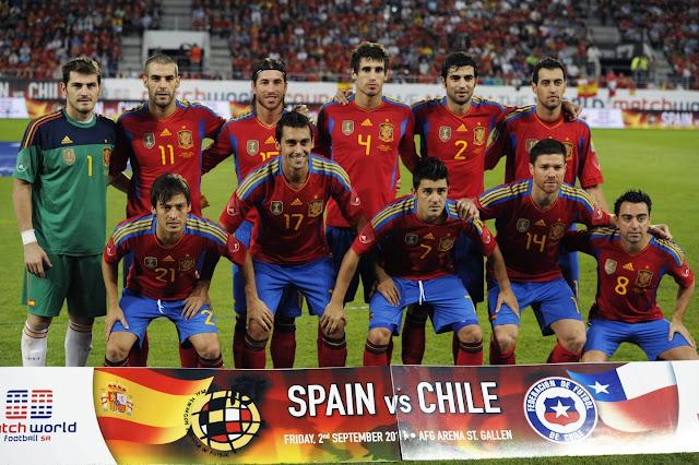 Formación de España ante Chile, amistoso disputado el 2 de septiembre de 2011