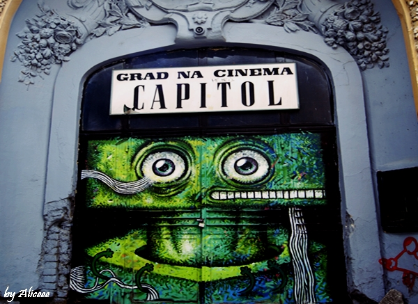 cinema-capitol-graffiti