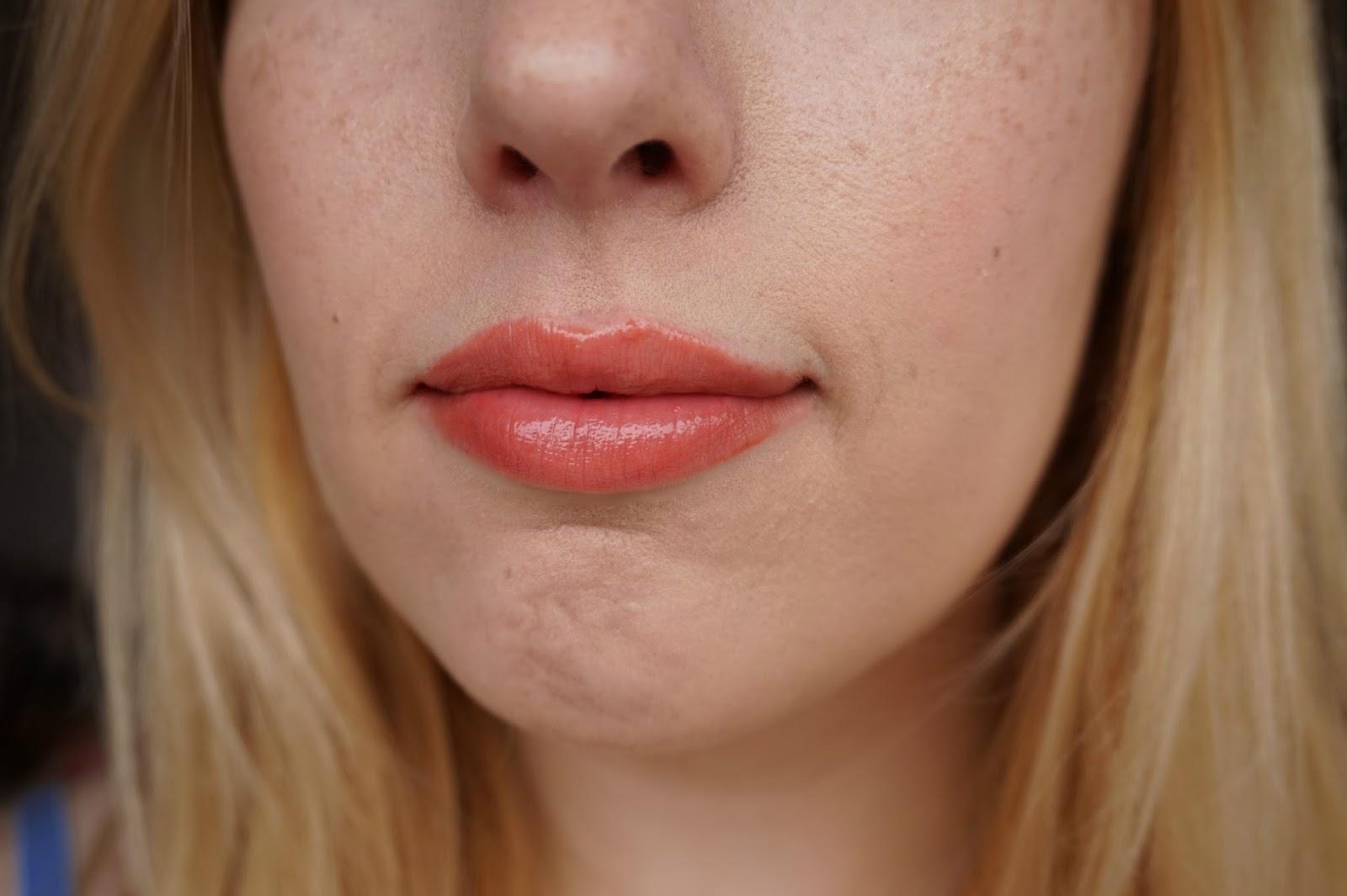Dior Addict Milky Tint 356 Milky Peach lip swatch