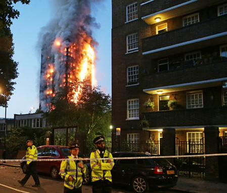 london tower death toll rises to 30