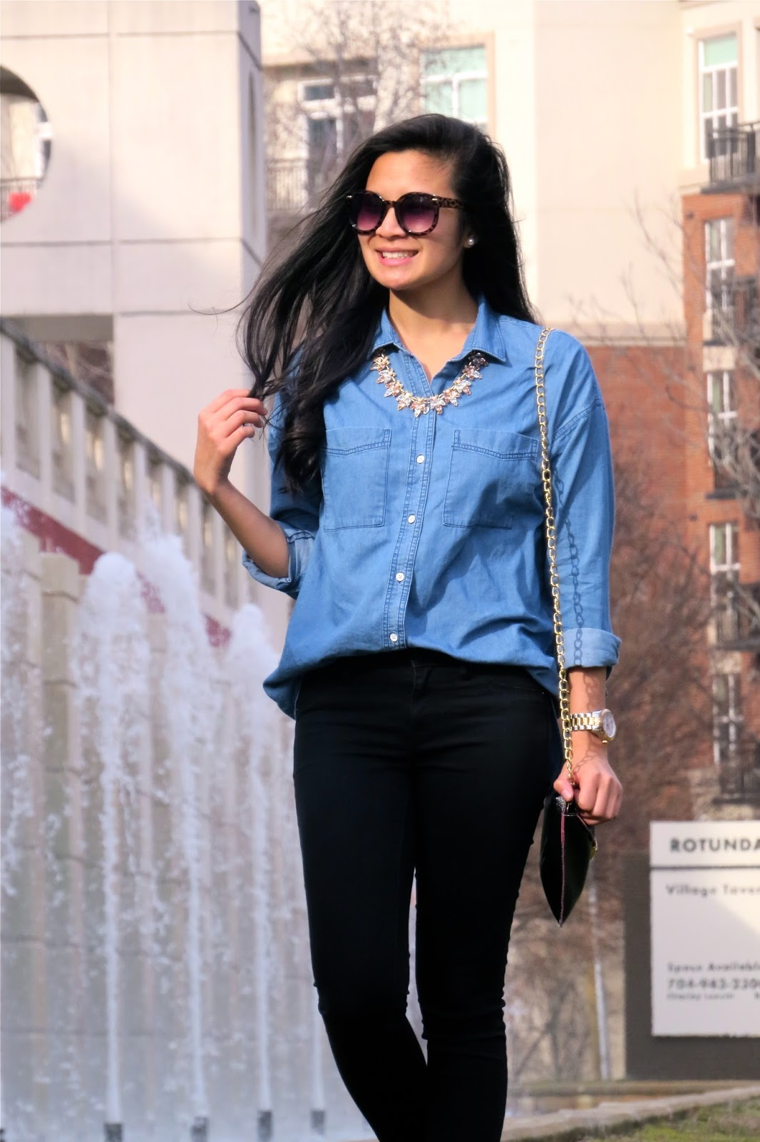 How_to_style_a_chambray_shirt