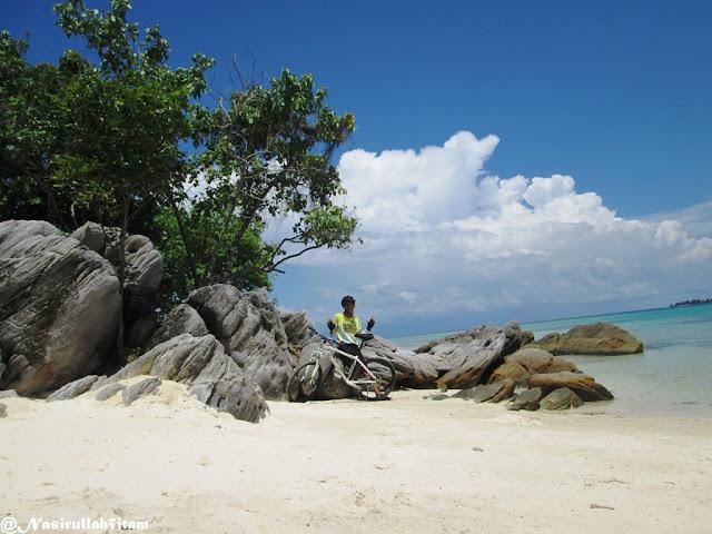Pantai Ujung Gelam Karimunjawa