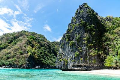 Bacuit-Bay-Shimizu-Island-Palawan-Philippines