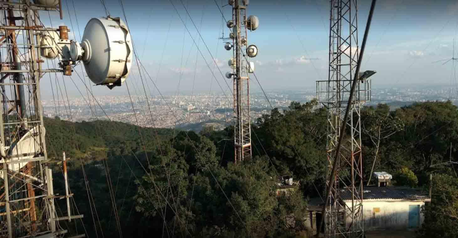 """Imagem 8: torres Parque Taipas em uma visão """"de cima"""". Foto: acervo JhoOnnynho"""
