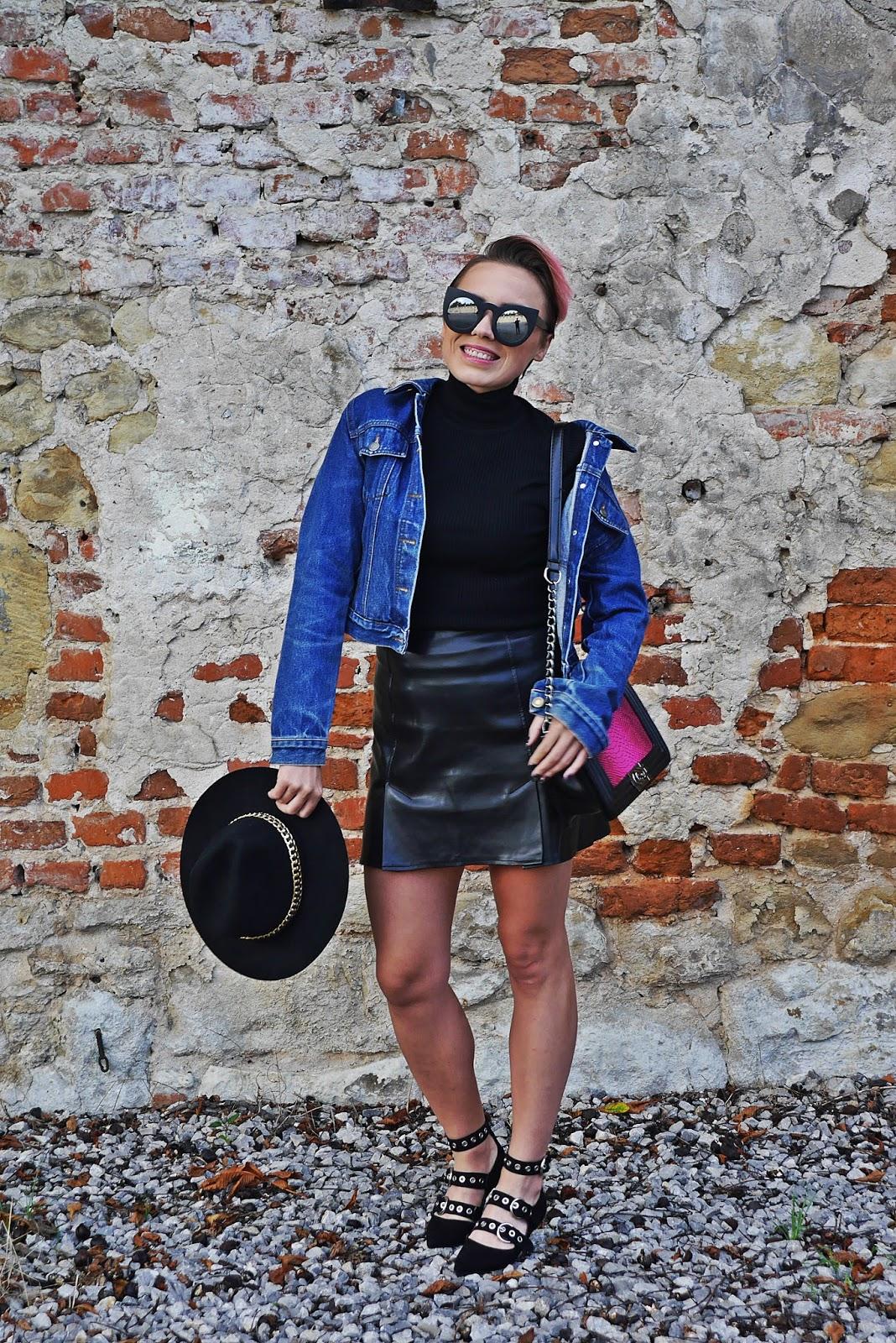11_kapelusz_czarny_jeansowa_kurta_skorzana_spodnica_blog_modowy_puławy