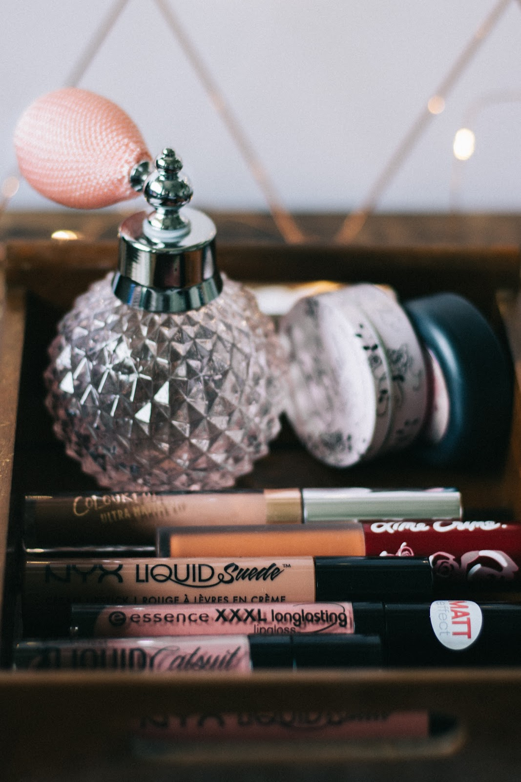 Everyday-affordable-liquid-lipsticks-dusty-rose-mauve-nude