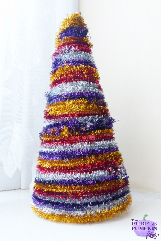 Tinsel #Christmas Tree Cone #Craft | The Purple Pumpkin Blog | #shop #cbias
