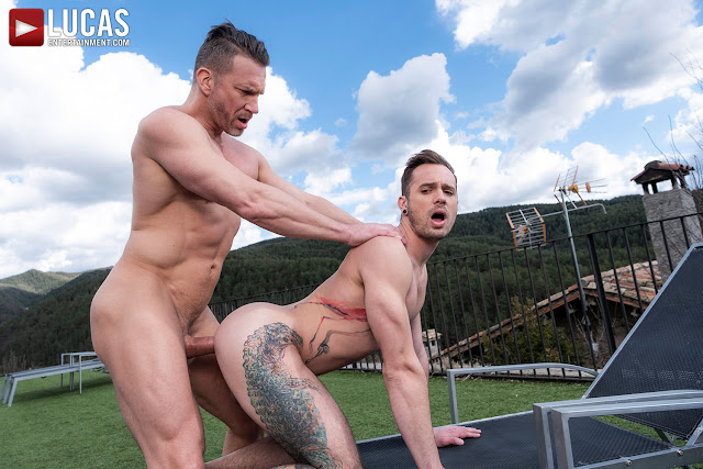 LucasEntertainment - MUSCLE-DADDY TOMAS BRAND PUMPS DRAKE ROGERS' ASS