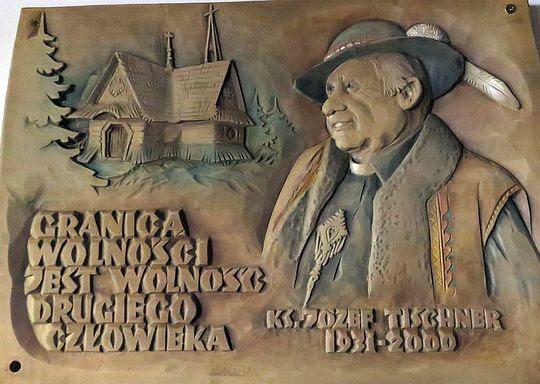 Tablica poświęcona Tischnerowi.
