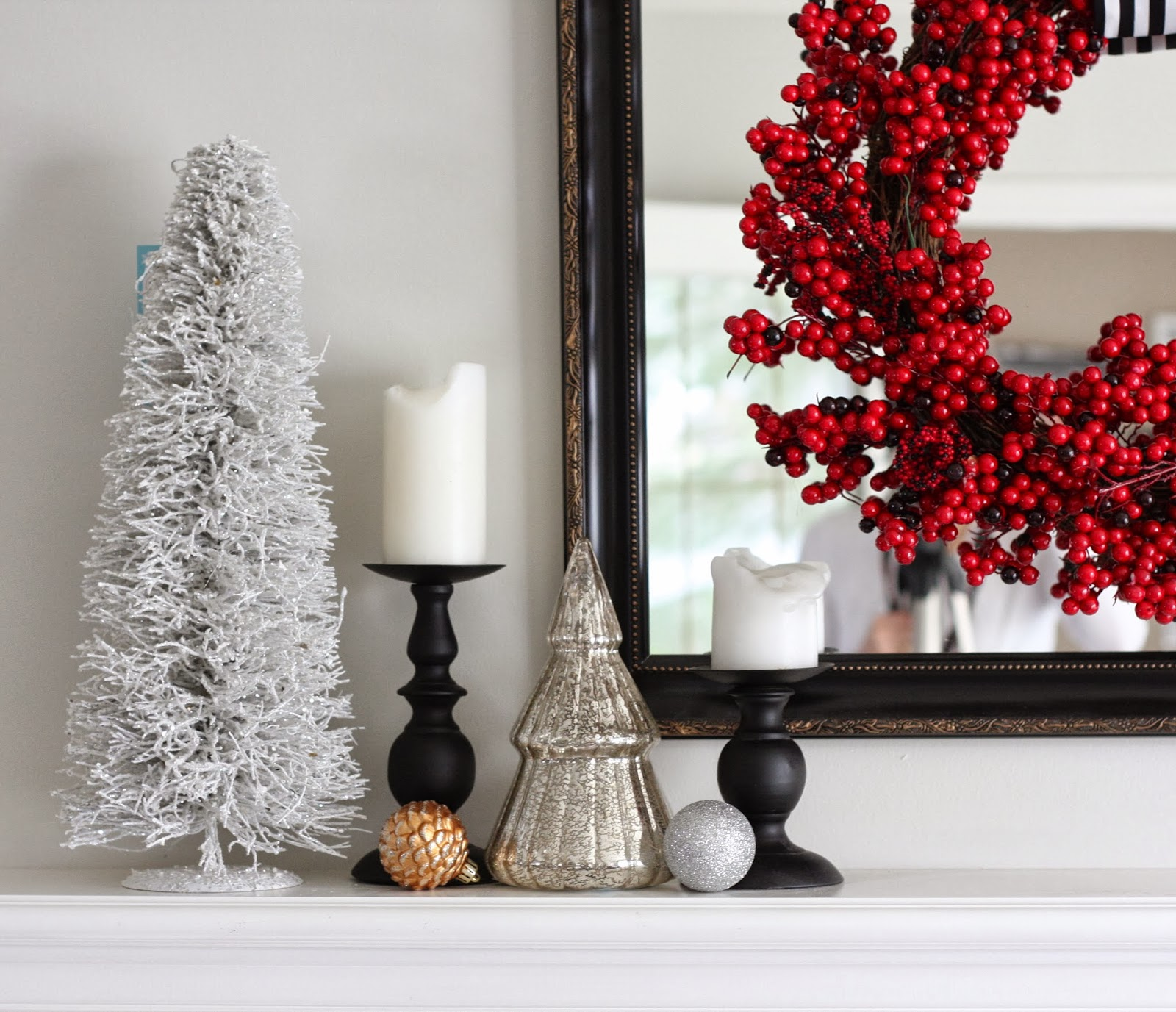 Holiday Decorating: Living Room | markova design