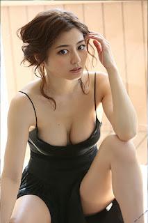 Foto-Model-Sexy-Yumi-Sugimoto-1