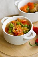 (Czerwona curry z wieprzowiną