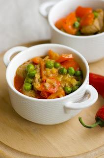 (Czerwone curry z wieprzowiną
