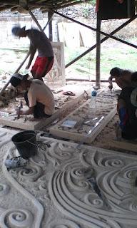 proses pembuatan ukiran alam barokah stone