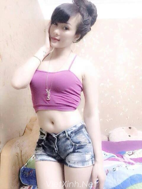 Gái xinh Việt Nam khoe đùi trắng nõn nhìn cực phê