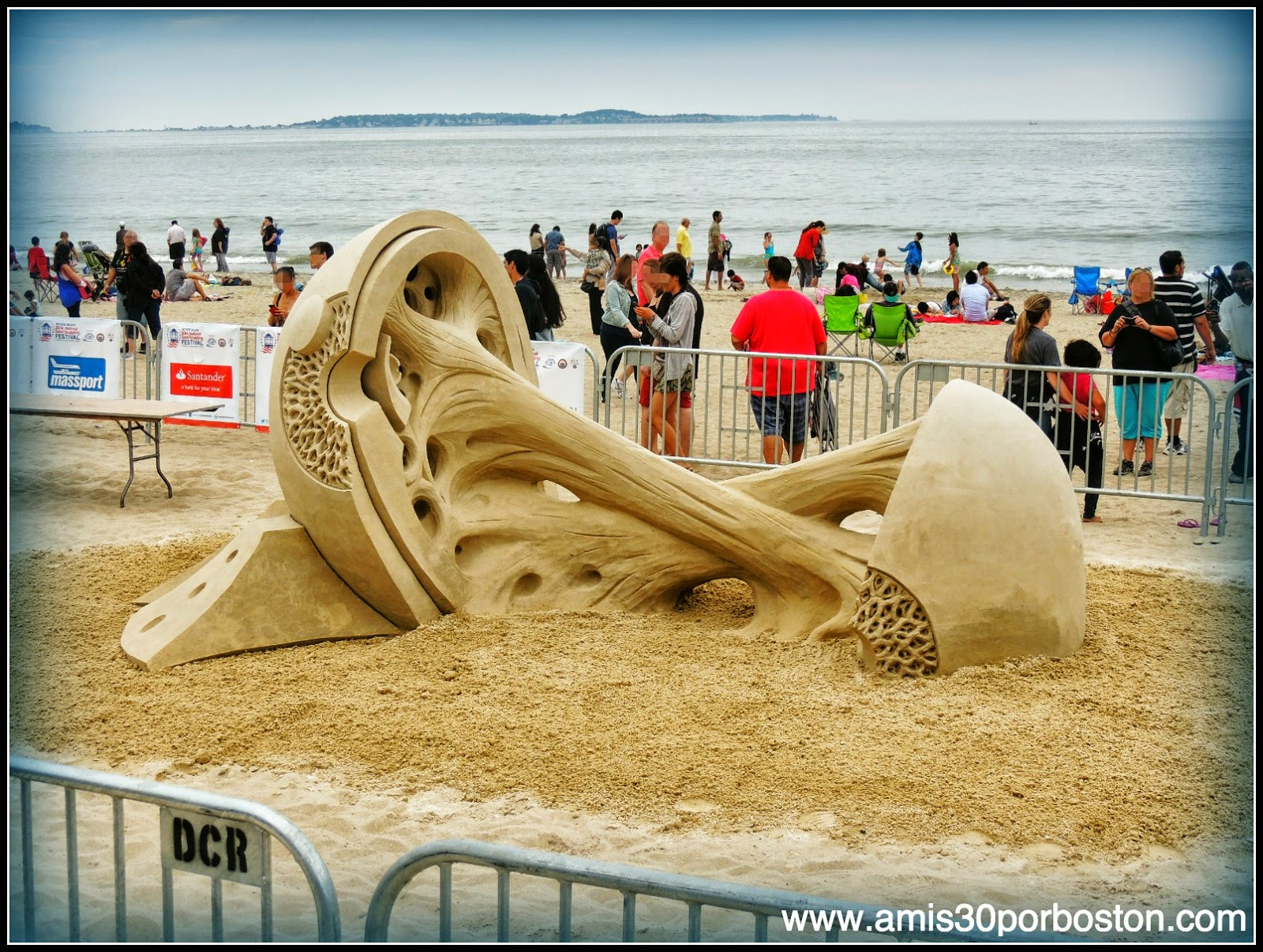 "Revere Beach 2014 National Sand Sculpting Festival: ""Double Vision"""