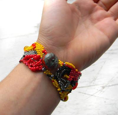 купить украшения ручной работы браслет из бисера подарок девушке