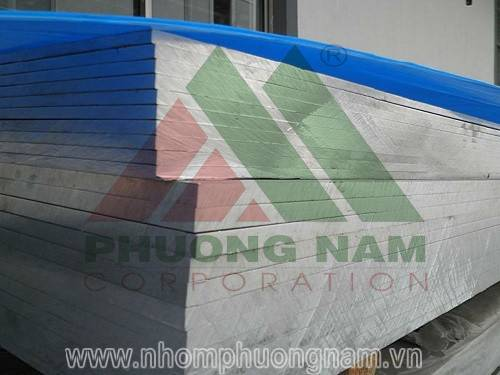 nhom-tam-hop-kim-a5052