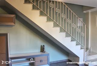 Encofrado de la escalera en un color más claro