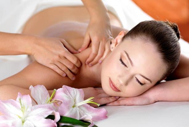 Học spa ở đâu tốt hcm - massage toàn thân tuyệt vời