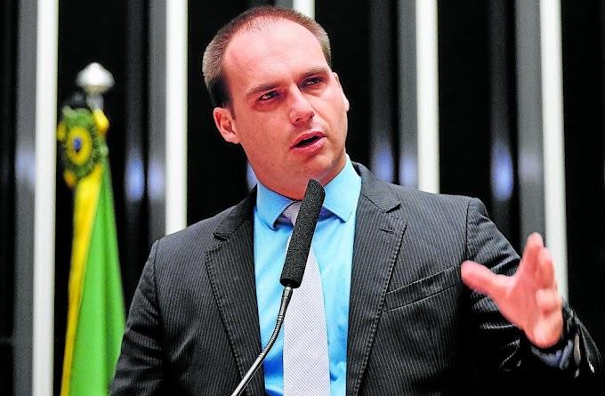TRUMP ELOGIOU EDUARDO BOLSONARO