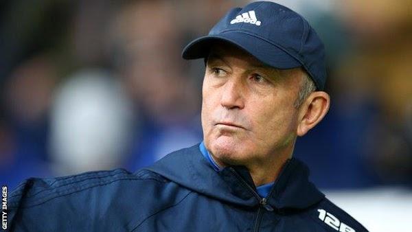 Oficial: El Middlesbrough firma al técnico Tony Pulis