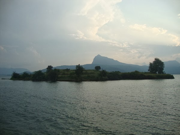 resorts near pavana dam