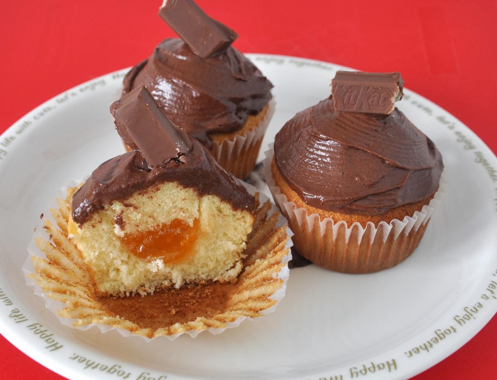 Hummingbird Bakery Cake Days Vanilla Cupcake Recipe