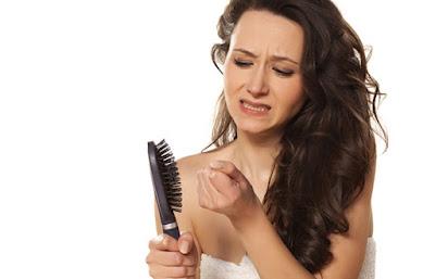 Rambut Rontok, Ini Solusi Mengatasinya