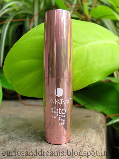 lakme 9 to 5 lipstick toffee nexus review, lakme toffee nexus review