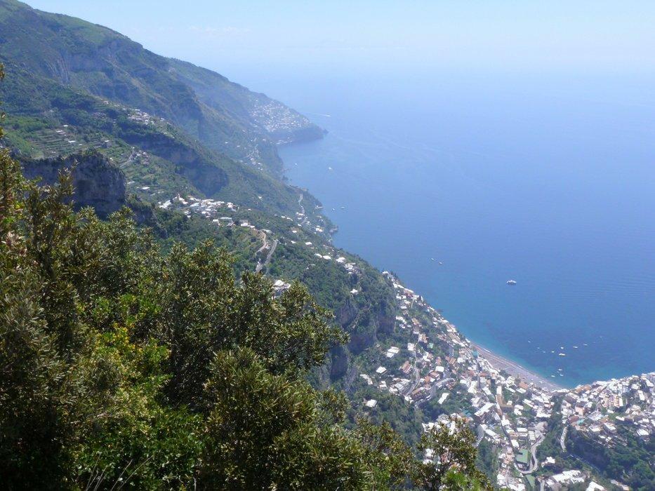 Un percorso di trekking verso il vallone porto di positano for Separa il golfo di napoli da quello di salerno