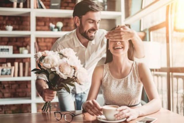 6 Pesan Romantis Sebelum Tidur Yang Bikin dia Mimpiin Kamu