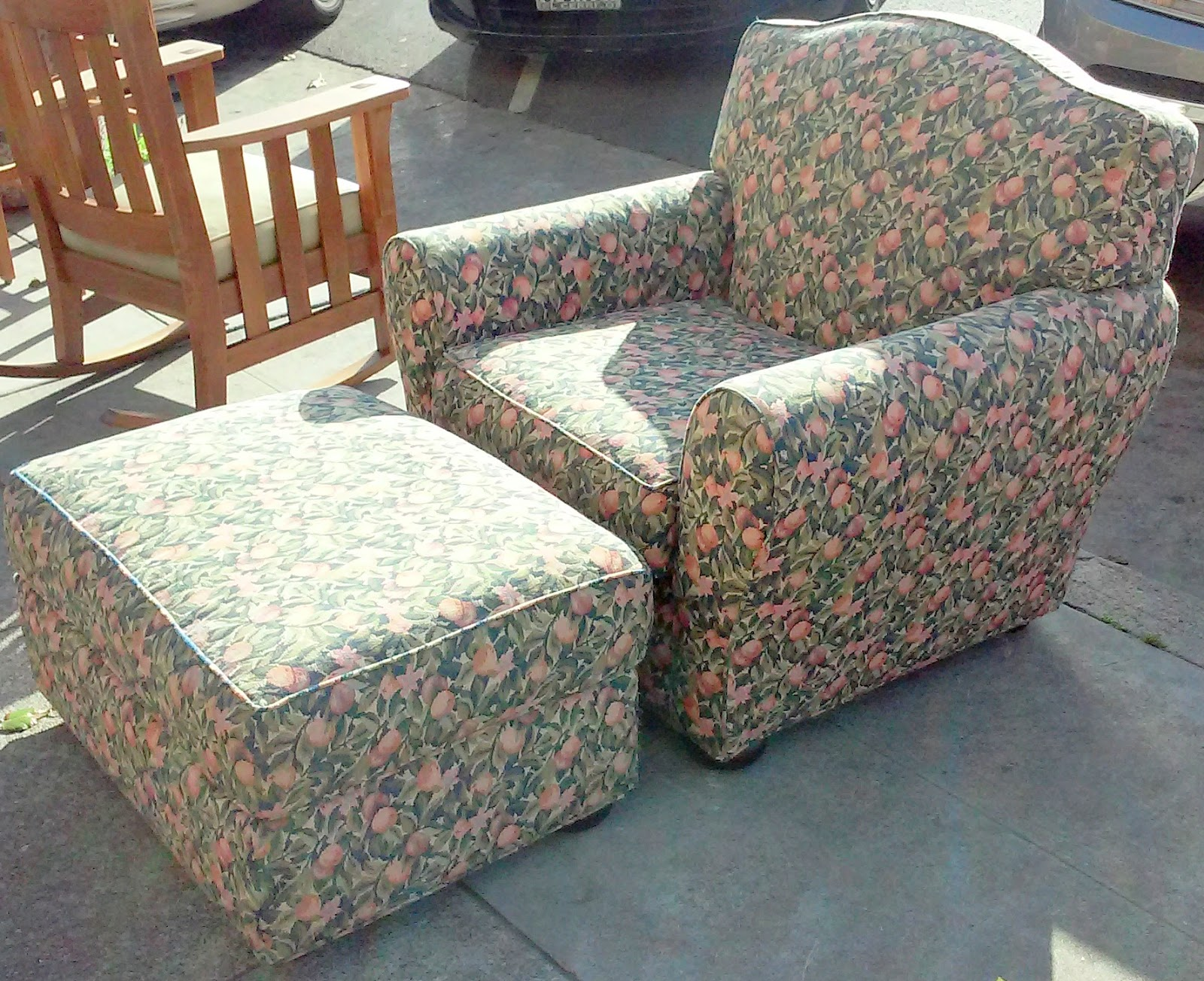 Uhuru furniture collectibles sold reduced peachy for Furniture 80s band