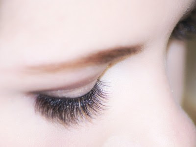 How Saline on to remove Eyelashes from Your Eye?