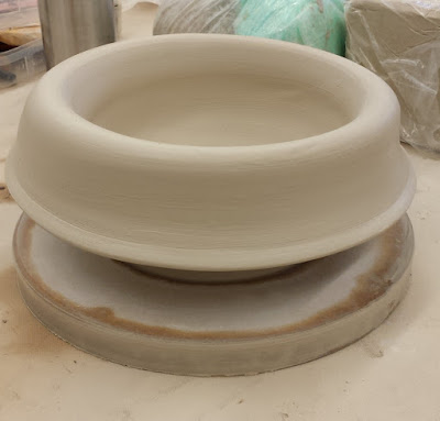Warren MacKenzie inspired drop-rim pottery bowl by Lily L.