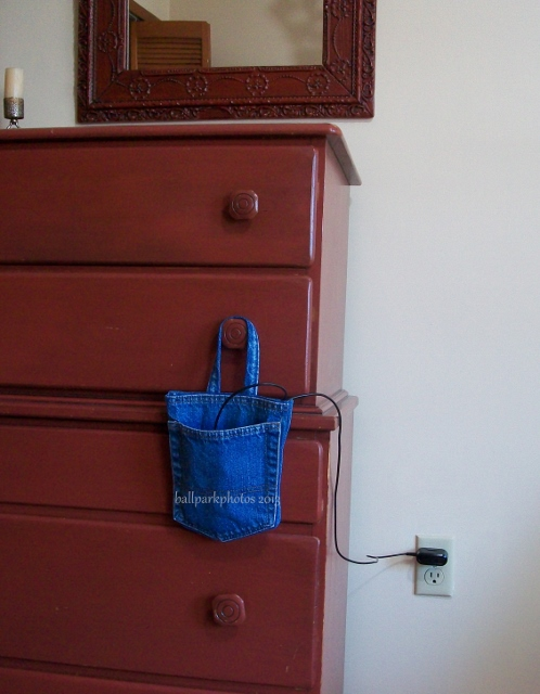 hanging pouch 2