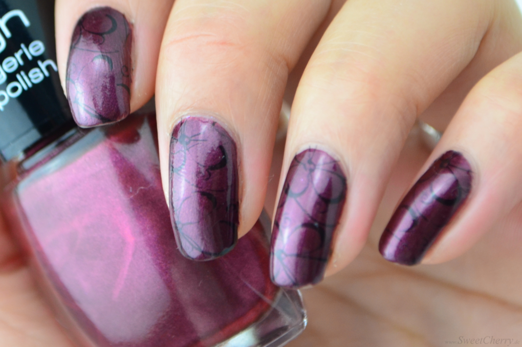 Stamping Nageldesign/Nailart mit dem Clear Marshmallow Jelly Stamper