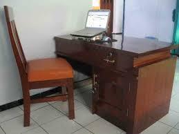 15 desain meja kantor paling keren