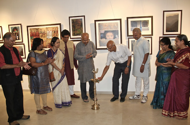 Inauguration of Milind Sathe's solo photography show at Indiaart Gallery, Pune